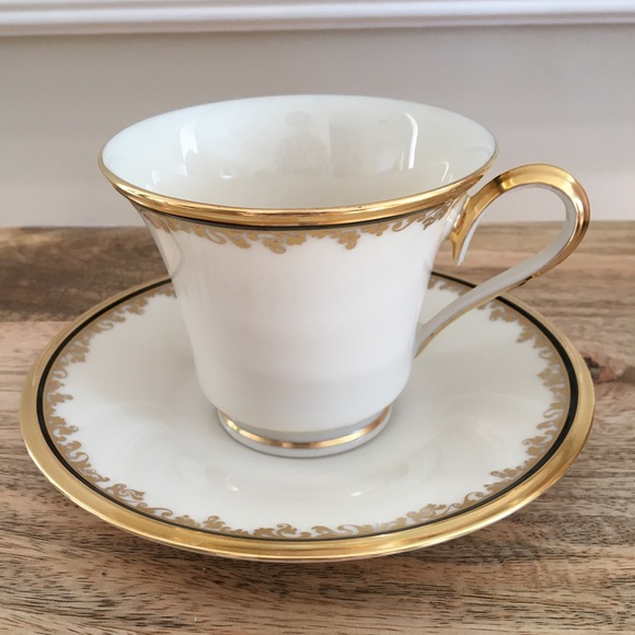 Lenox Eclipse Tea cup and saucer made in USA